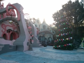 The Grinch Stole Christmas at Universal Studios